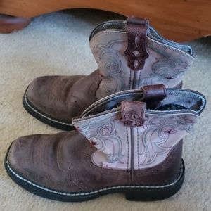 Girls Justin boots